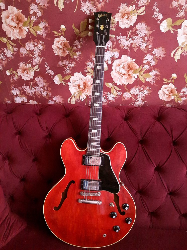 Vintage 1971 Gibson es335 in for a refret and stop tail
