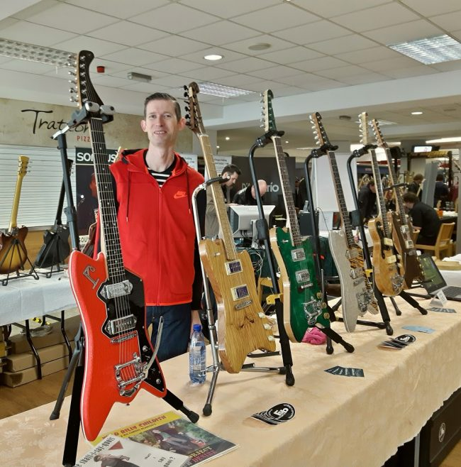 Fab Guitars on the Vintage Guitar Show 2016 in Oldenburg